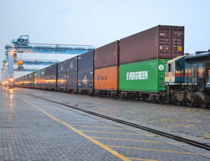 double stack train cargo, standard gauge railway, sgr